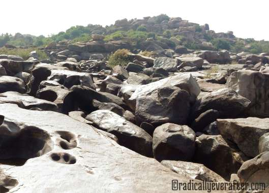 Bouldering Hampi nature rocks Karnataka